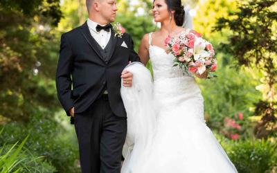 Janice and Travis Hartman